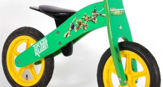 Houten loopfiets teenage mutant ninja turtles Yipeeh 549 €59,75